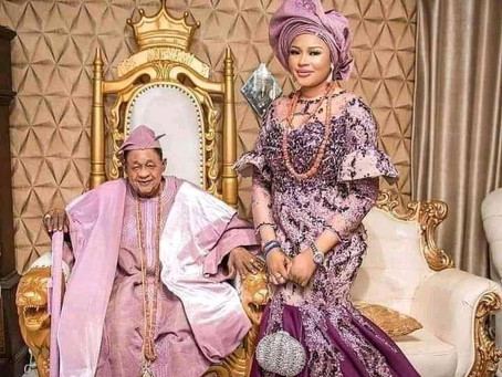 NIGERIA: 81-Year-Old Man Weds 23-Year-Old Lady As 7th Wife