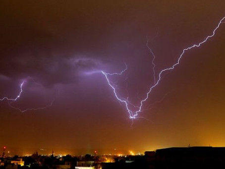 16 Indians Killed by Lightning Strike While Taking Selfies