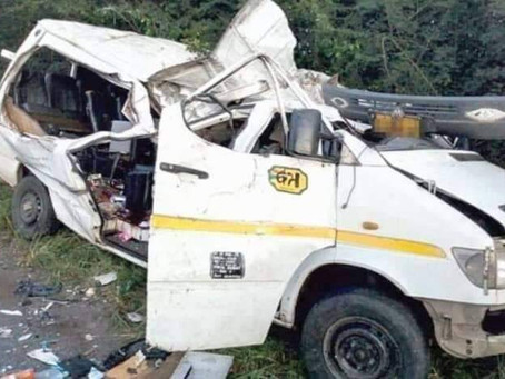 SPORTS: Gory Accident Kills 8 Young Footballers On Kumasi-Offinso Road (Video+Pictures)
