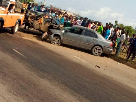 Terrible Accident At Awoshie Abrantie Leaves 3 Passengers In Critical Conditions (Video + Pics)