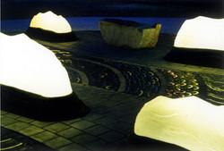 光の波間広場