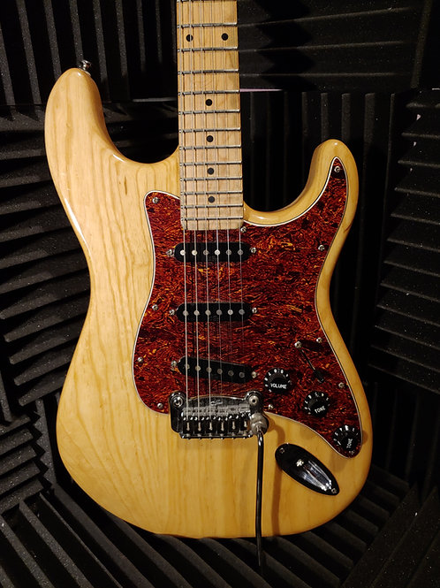 G&L Legacy Stratocaster Electric Guitar