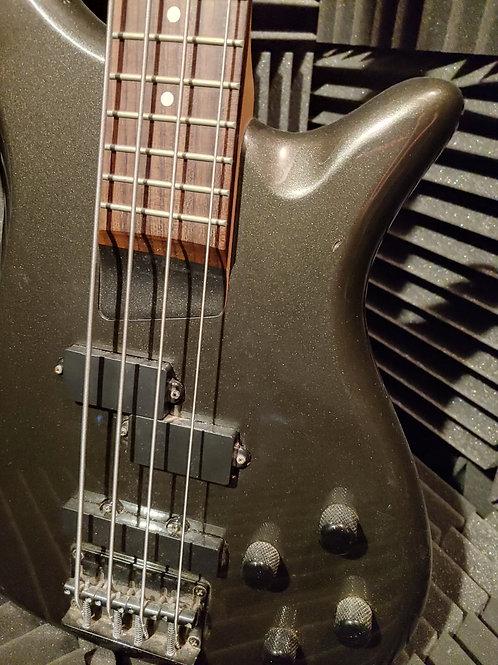 Rogue Bass Guitar