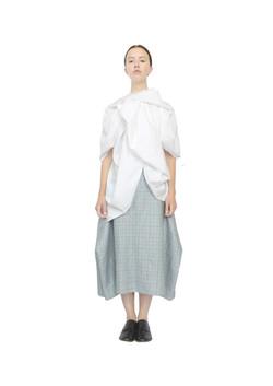 Rosette blouse & blanket skirt