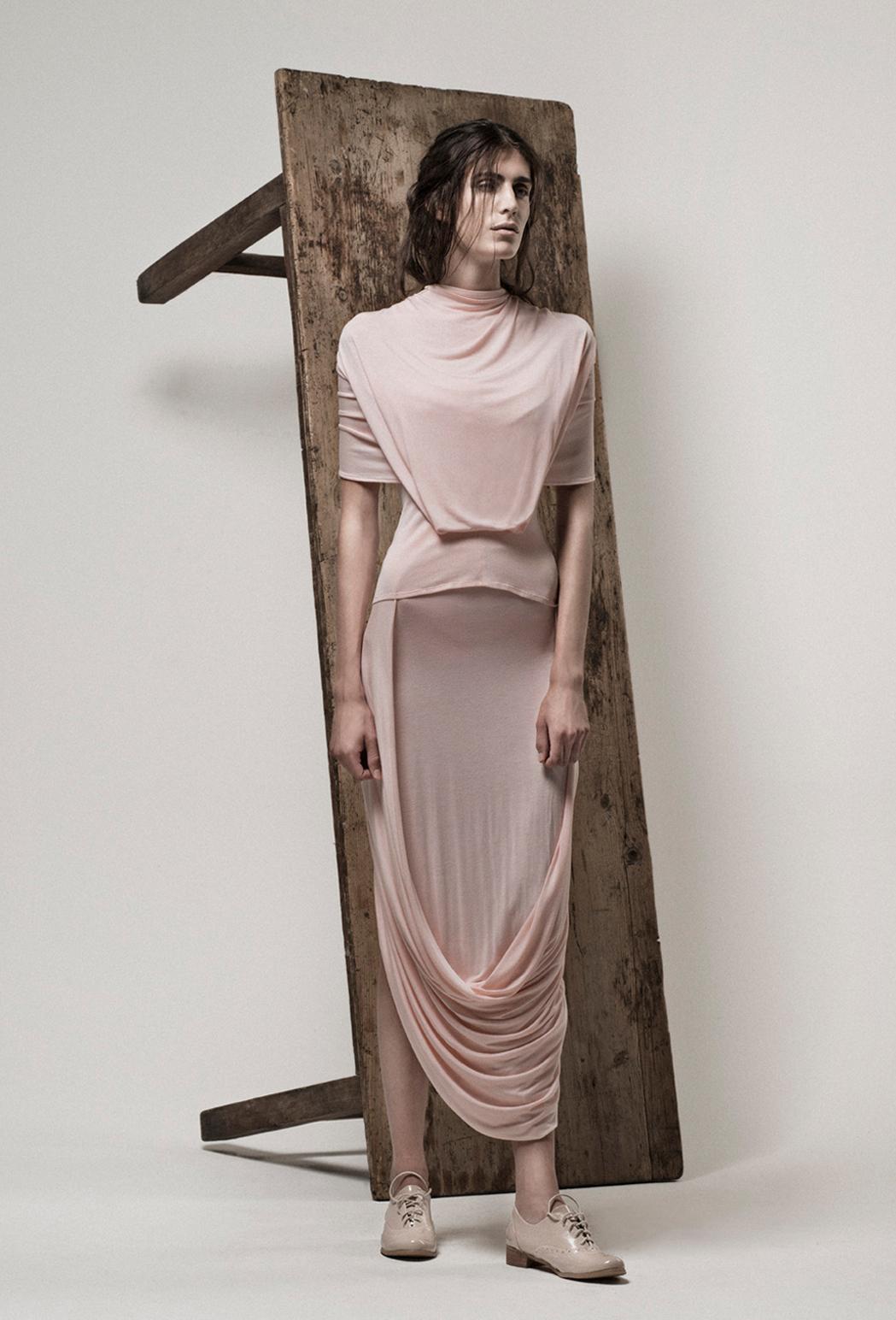 Echelon top & loop skirt