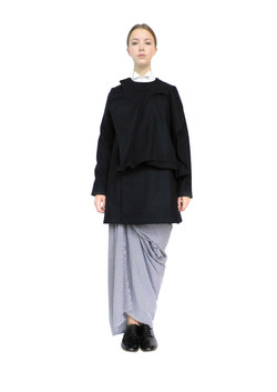Bag pocket coat & sow seed skirt