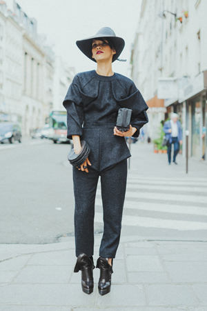 Lily Gatins PFW Street Style Mode