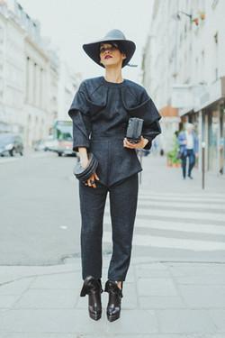 Lily Gatins PFW Street Style Mode