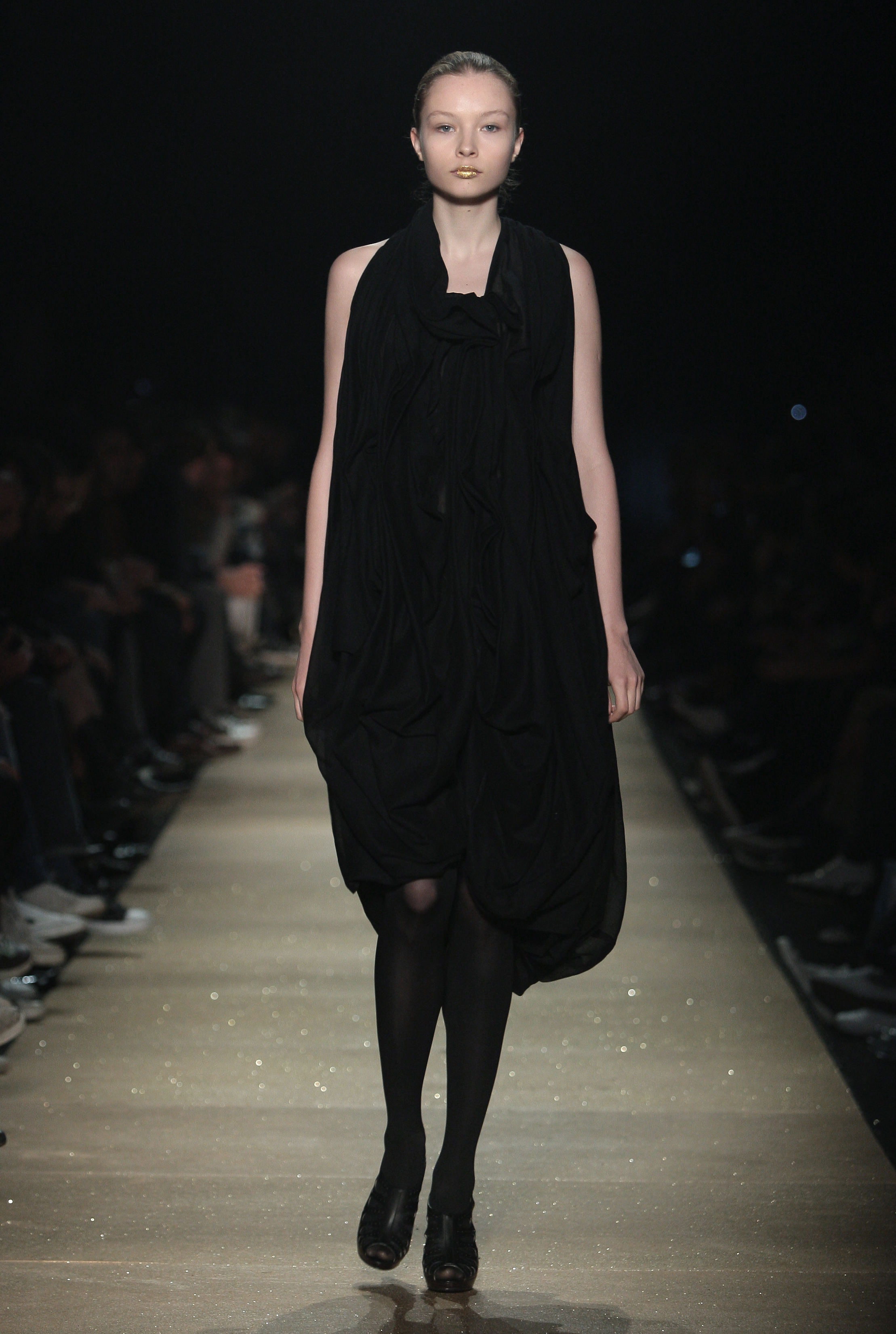 Mourning Weeds Catwalk Hyeres