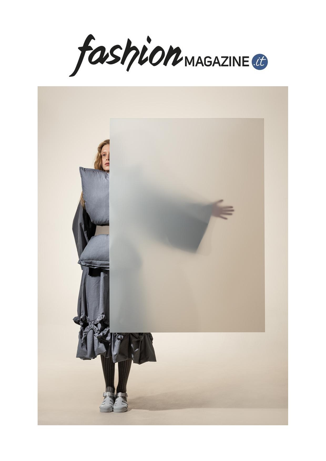 fashion magazine white show milan
