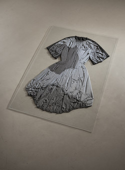 The hollow dress
