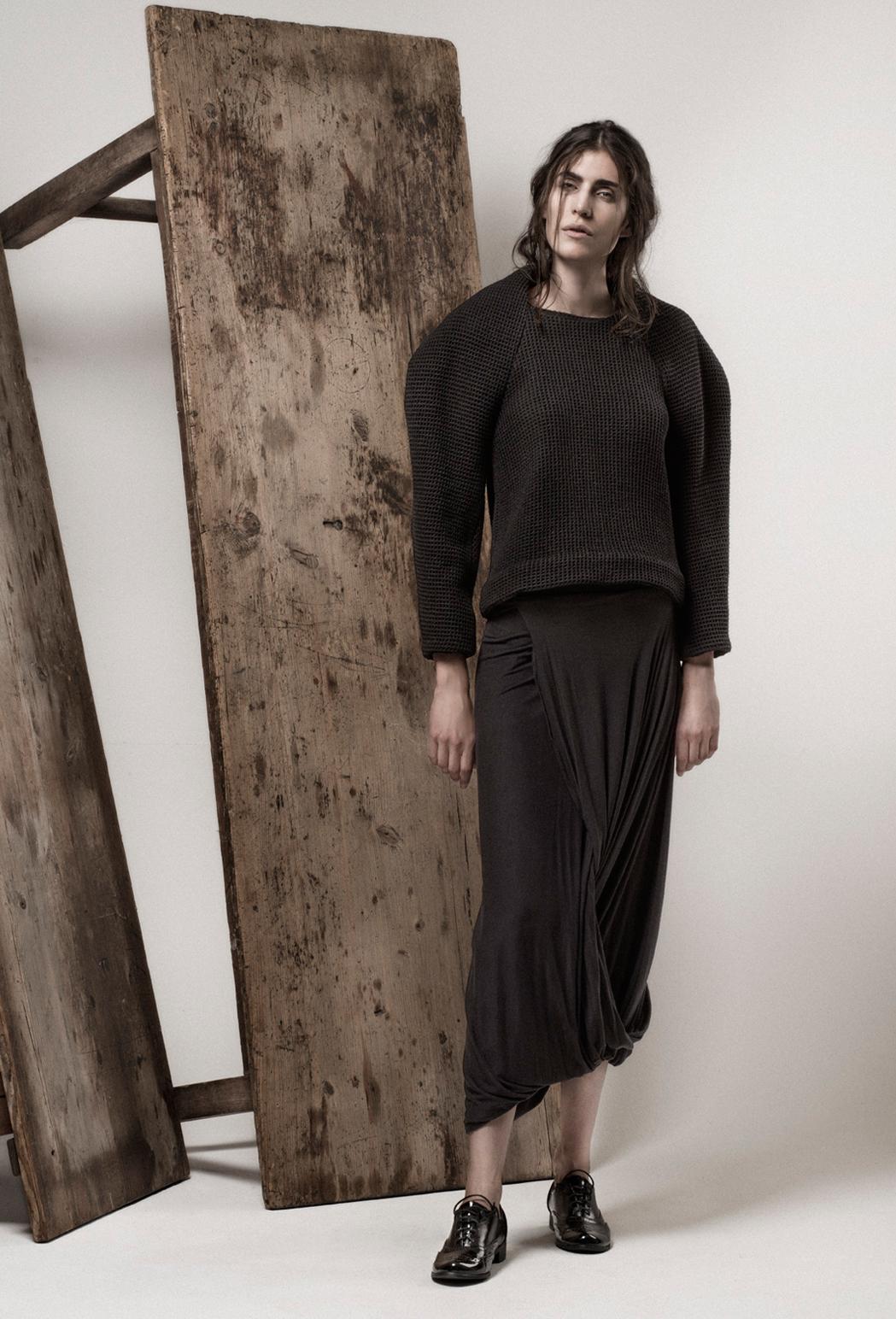 Balance jumper & avocet skirt