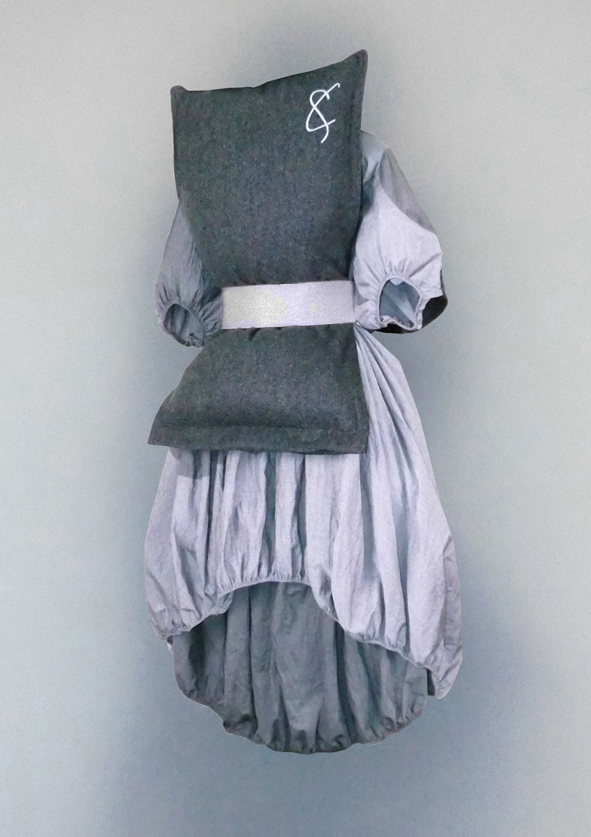 Pillow top & hollow dress