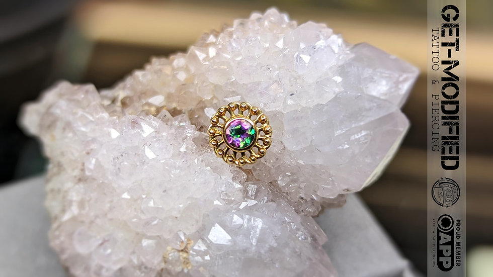 Anatometal Large Vertue end with Mystic Topaz