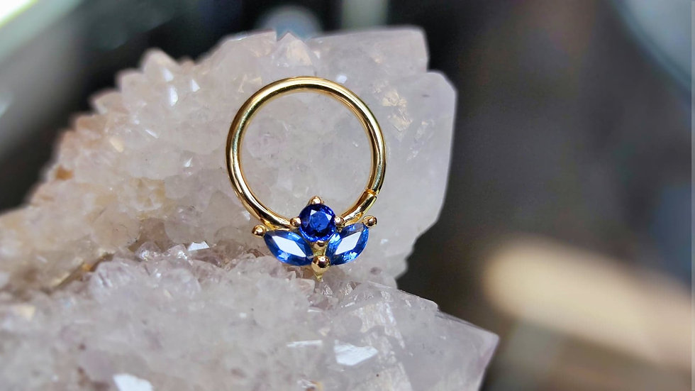 Danila Tarcianale FIPG 18ct Gold Hime Seam Ring with Tanzanite