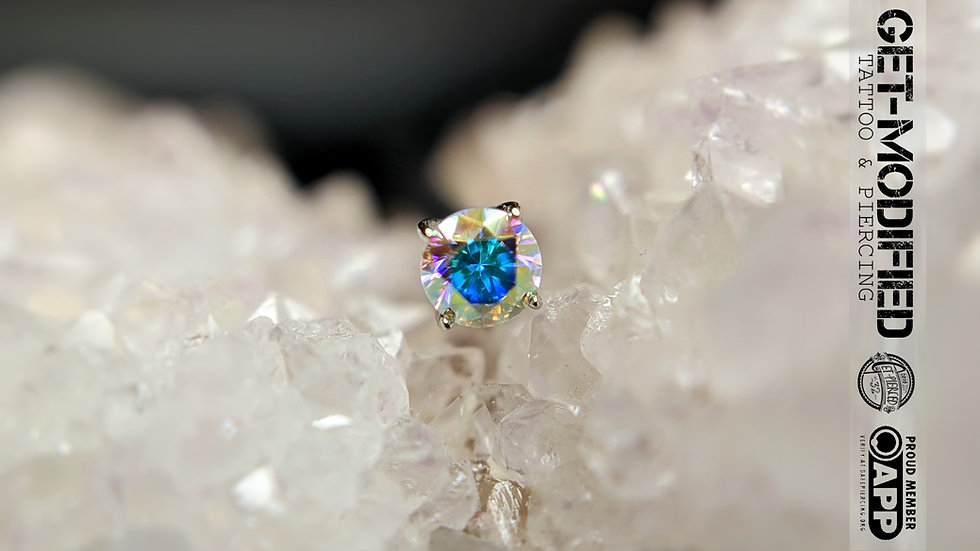 Anatometal 3mm 18ct Gold Tiffany with Cubic Zirconia