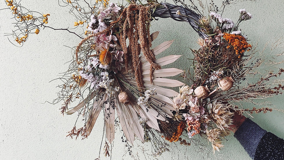 Wild everlasting wreath