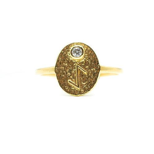 Gold Eihwaz Rune Ring