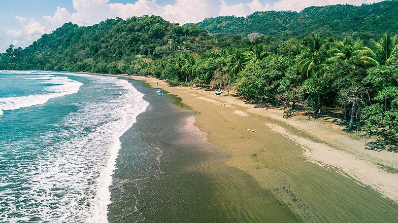 beachdominical.jpg