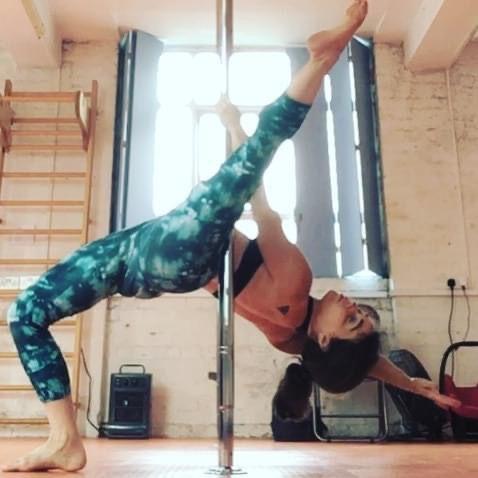 Beginners pole dance