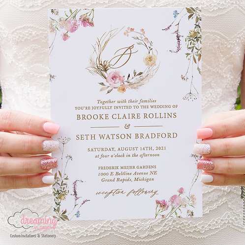 Boho Chic Wildflower Wreath Wedding Invitations 420