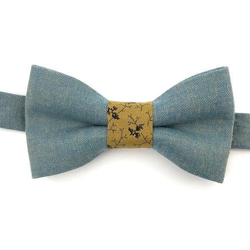 Noeud papillon bleu avec noeud aux motifs branche beige