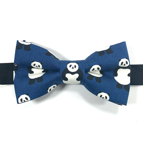 Noeud papillon bleu marine  avec motifs pandas