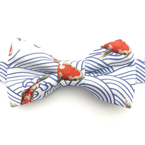 Noeud papillon aux motifs de carpes koï