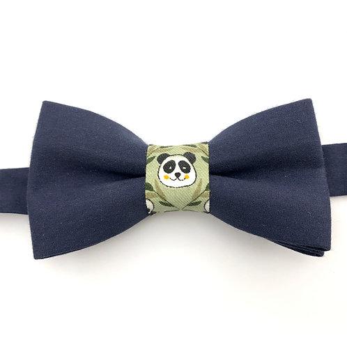 Noeud papillon bleu marine avec noeud au motif tête panda