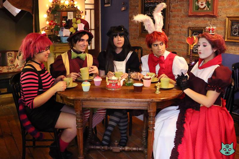 KuroMoon - Crazy tea Party in Wonderland