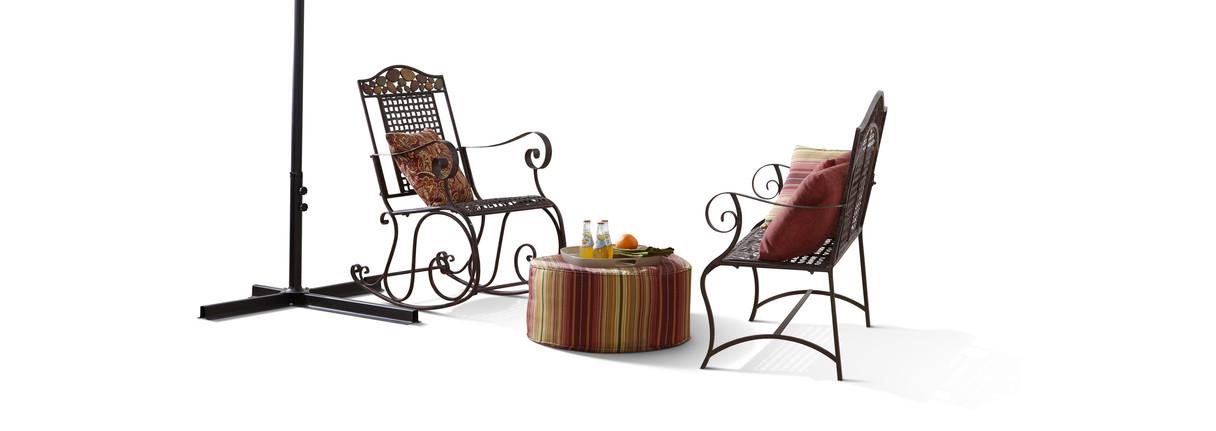 Clipping - Garden Furniture