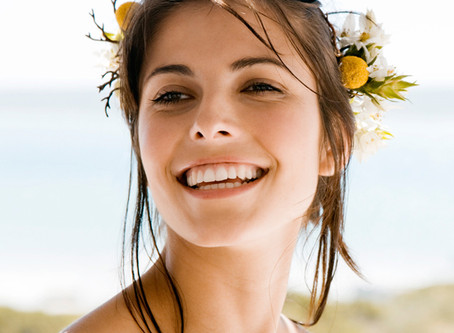 My teeth are discolouring – how do I whiten them again?
