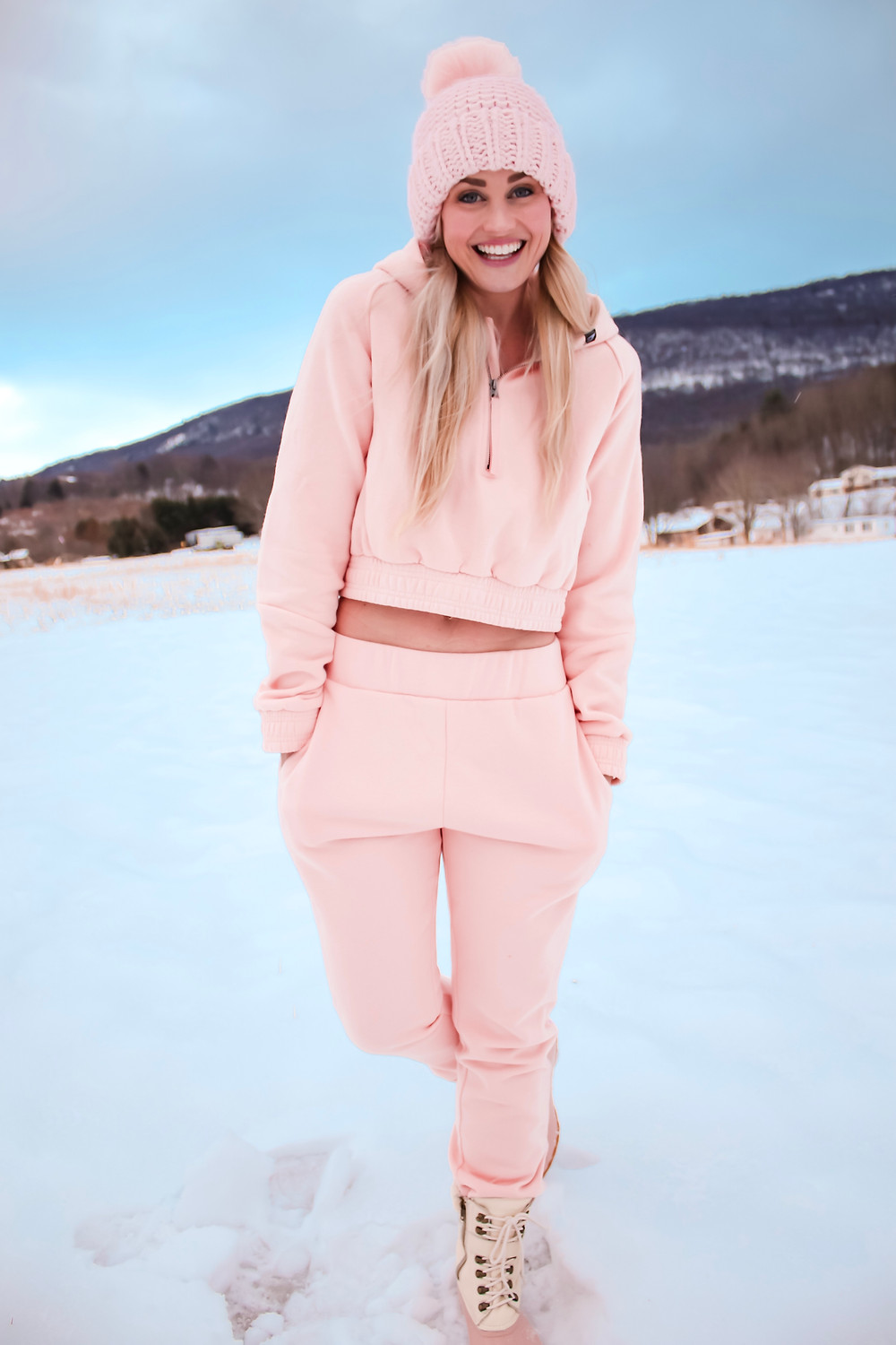 Perfectly Girly Athleisure Style