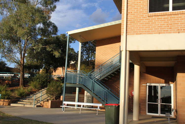 Carinya Tamworth Library and Indoor Sport Centre