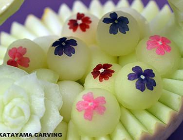 Edible Flower / メロンのバスケット