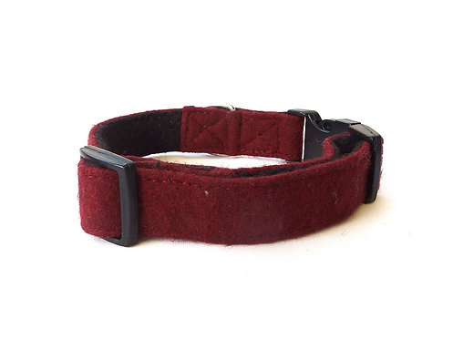 Maroon Wool Collar - Medium