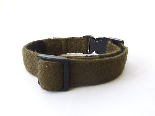 Green Wool Collar - Large