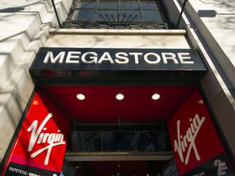 Vidéo nostalgie du Virgin Megastore des Champs Elysées.