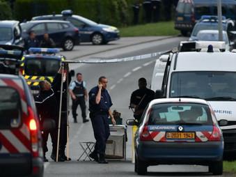 Un homme âgé de 72 ans tue 3 gens du voyage, un gendarme et en blesse 2 autres