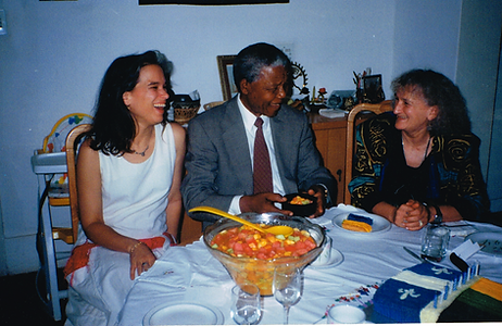 Lucie Mandela Loulou.png