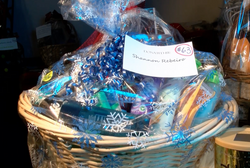 #63 Personal Care Basket