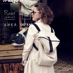 Anka_backpacka17.jpg