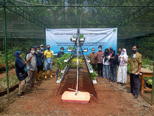 PT. DAHANA Kolaborasi dengan SMKN 2 Subang dalam Membangun Pertanian Berbasis Hidroponik