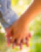 fidanzati_mano_nella_mano.jpg