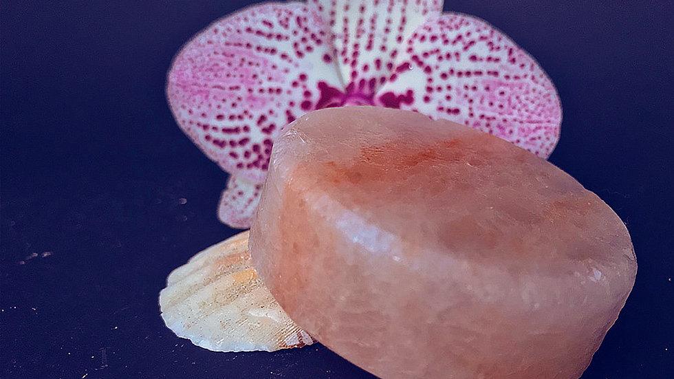 Солевое мыло-скраб, круг 55 мм, поштучно  [Подробнее >]