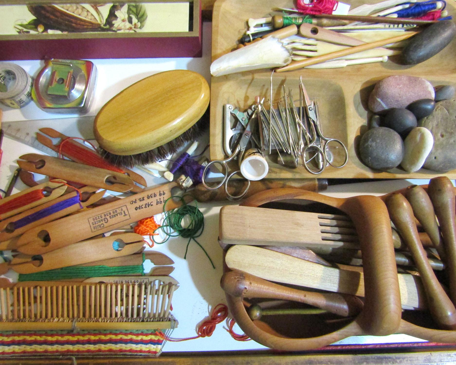 Instrumentos de una textilera