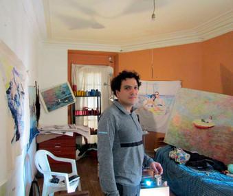 Victor Espinoza en su taller