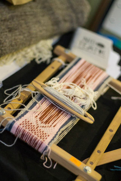 Viaje de aprendizaje y búsquedas textiles en Escuela Municipal de Artesanía  y participación en Festival de la Lana, Trellew, Patagonia Argentina