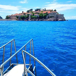 St Stephen's Island🌞👌_🌴🌴🌴_Welcome to ApartHotel Belvedere Residence🏨 in Montenegro⛵🙌_All the