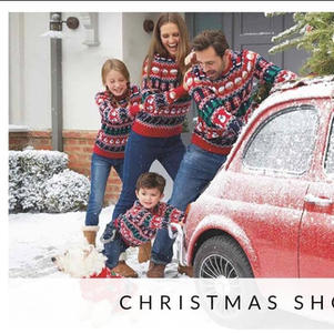 Rossi the Fiat 500 takes part in Christmas photoshoot for Peacocks in London.